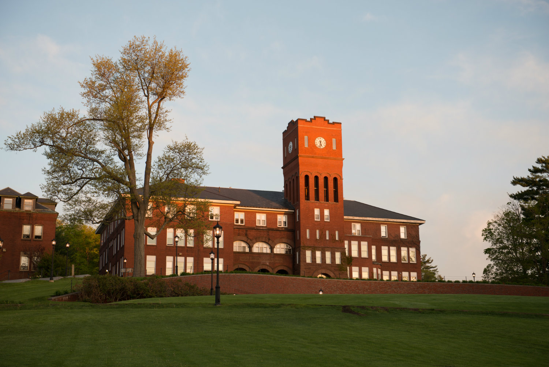 Cushing-Academy